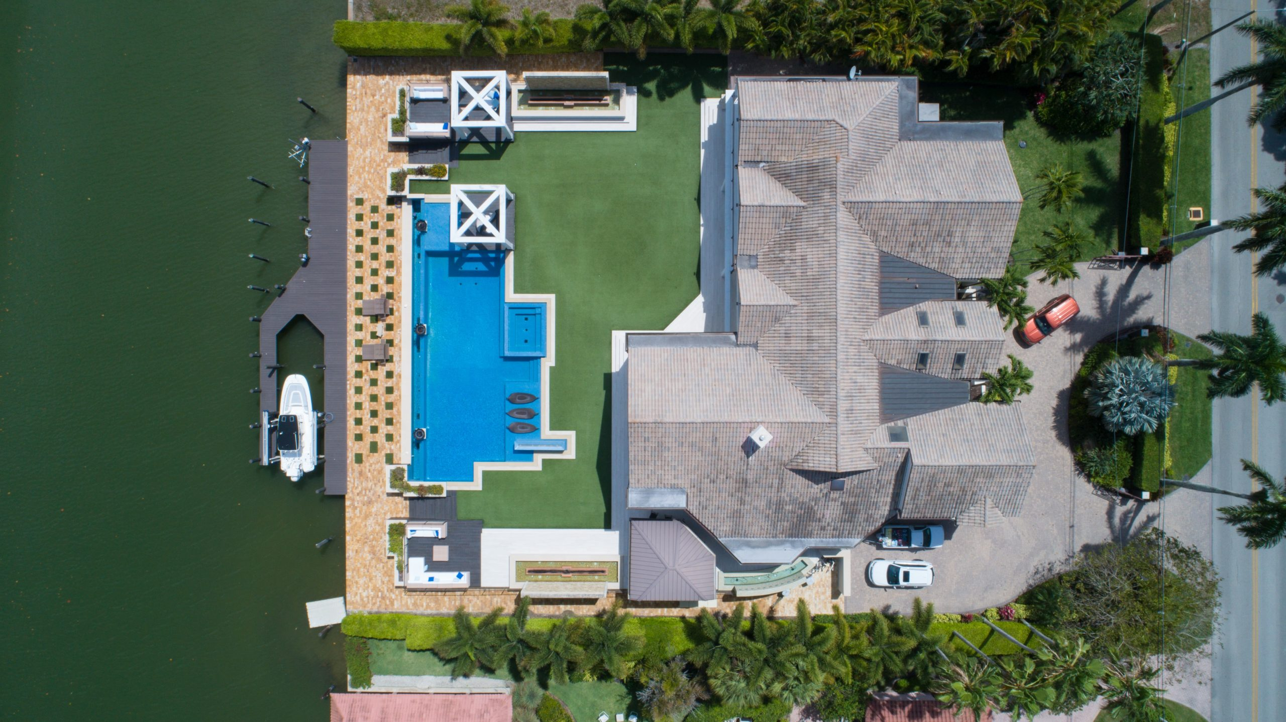 mortgage loan in florida | house on water overhead shot